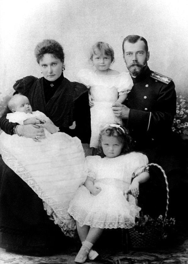 Olga,Tatiana et Maria Romanov: Grandes Duchesses de Russie